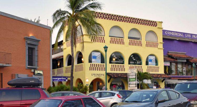 Centro Comercial Los Patios en Ixtapa Zihuatanejo
