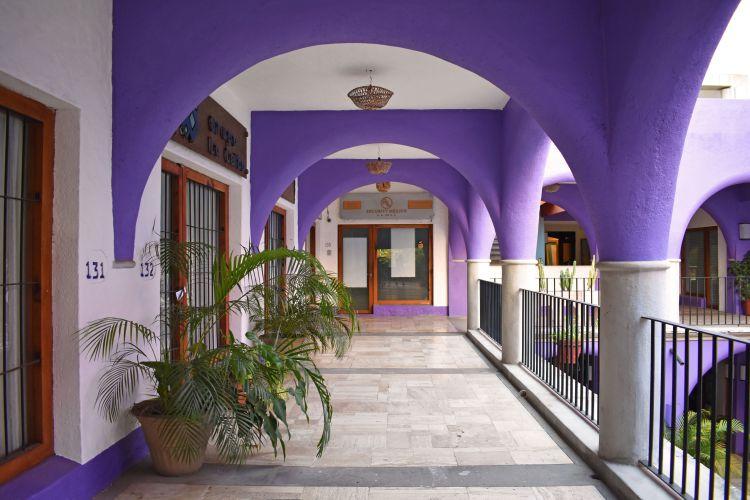 Venta e Instalación de Sistemas de Seguridad Electrónica en Ixtapa Zihuatanejo, como: Circuito Cerrado de Televisión (CCTV - Cámaras de Seguridad), Sistemas de Alarmas, GPS (Localización Vehicular), Sistemas de Control de Acceso, en Ixtapa Zihuatanejo