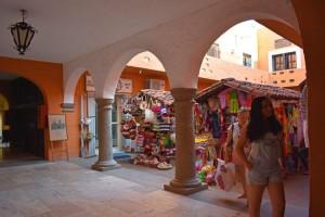 centro-comercial-los-patios-ixtapa-20