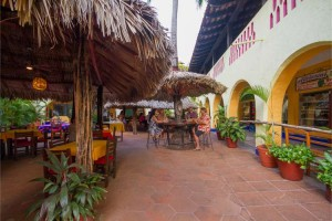 restaurante-bar-cantina-las-margaritas-ixtapa-05